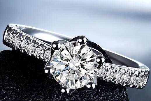 周大福钻石项链回收