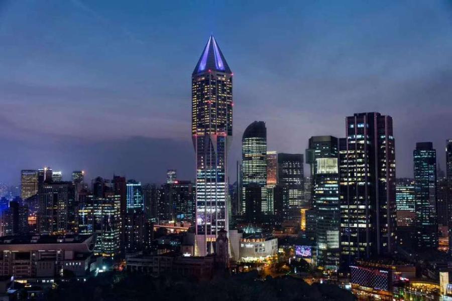 上海明天广场外景 本文图片均来自阿里拍卖平台