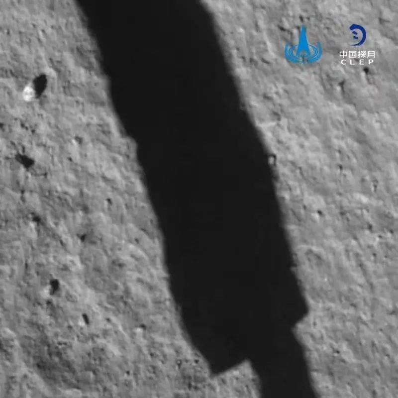 软着陆后降落相机拍摄的图像。中国探月工程 图