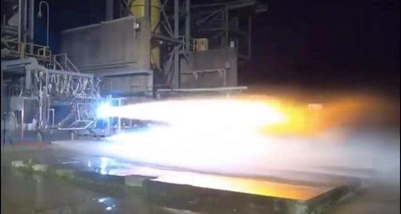 BE-7发动机点火测试