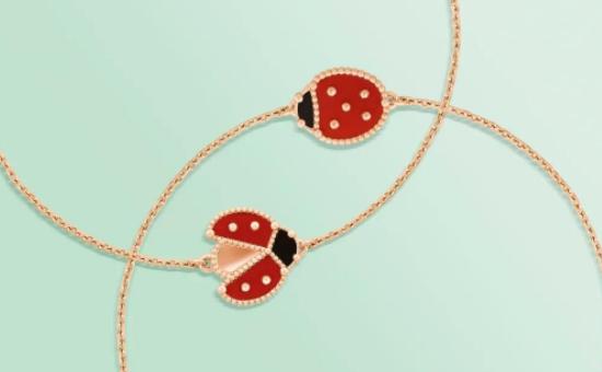 Lucky Spring手链,振翅及合翼的瓢虫;玫瑰金、红玉髓及缟玛瑙