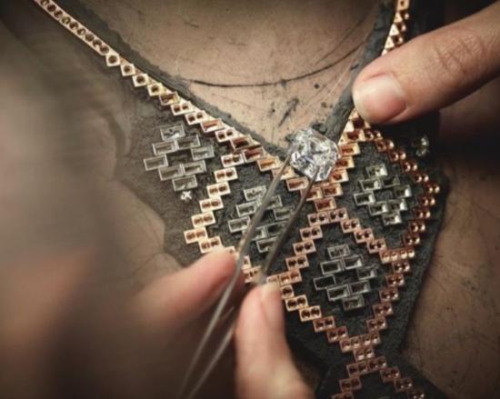 Chanel推出全新高级珠宝系列!
