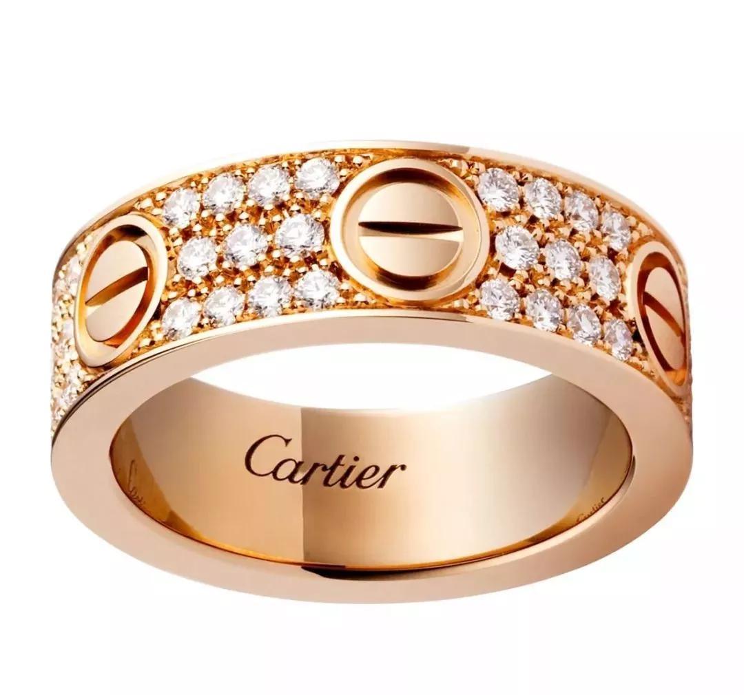为什么拿破仑的那些华丽珠宝不找卡地亚订购