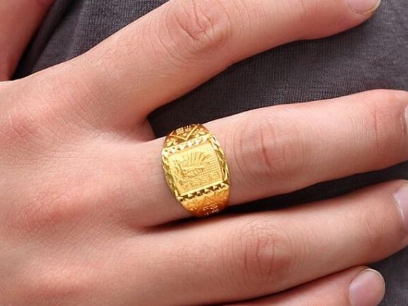 男生戒指戴法与意义-男士戒指戴法及选购技巧