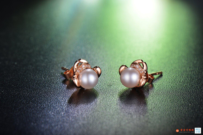 珍珠耳环的清洗与保养