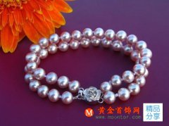 佩戴珍珠项链的几大好处 珍珠项链佩戴