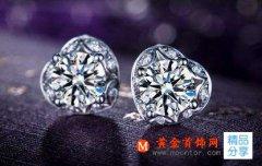 钻石耳钉  钻石耳钉挑选小技巧