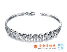 钻石手链戴哪个手上比较好