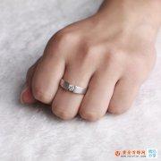 佩戴18k金钻石男戒指的含义 佐卡伊18k金钻石男戒指