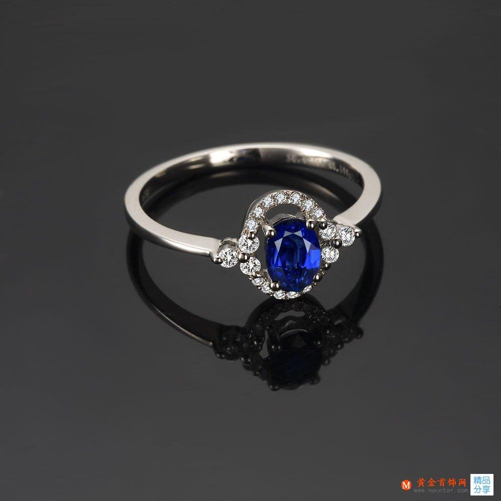》》点击进入【情语】 白18k金天然蓝宝石戒指