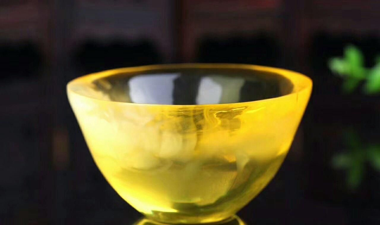 金绞蜜蜡多少钱一克,错过了疯涨的鸡油黄,还想错过金绞蜜么?