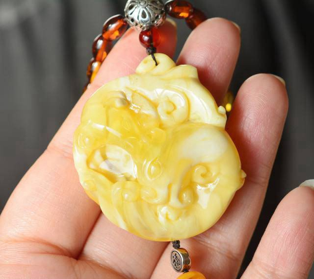 什么是白花蜜蜡,看到第一眼你就会爱上它!