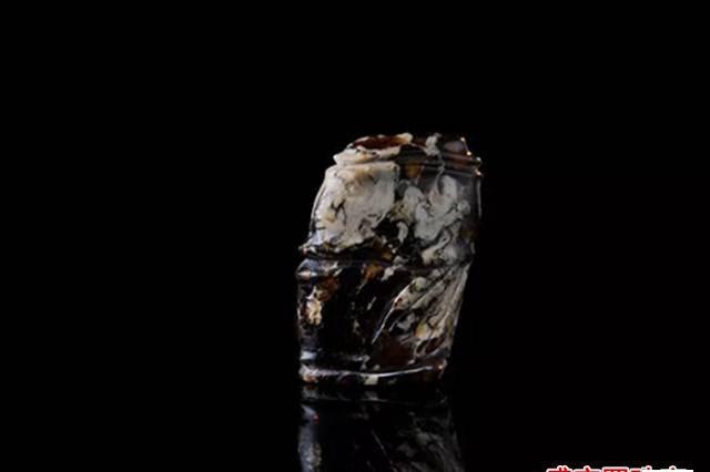 辽宁抚顺花琥珀价格很高,拥有便是福气!