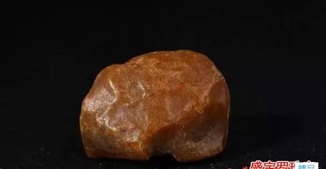金绞蜜原石有什么特性,如何挑选金绞蜜原石?