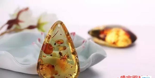 花珀的价值你绝对想不到,不要忽视中国琥珀的美!