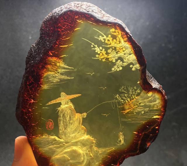 最普通的琥珀原石图片及价格表,现在知道还来得及!