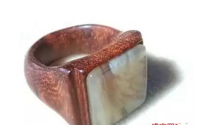 蜜蜡木头戒指,不得不佩服DIY玩友的奇思妙想!