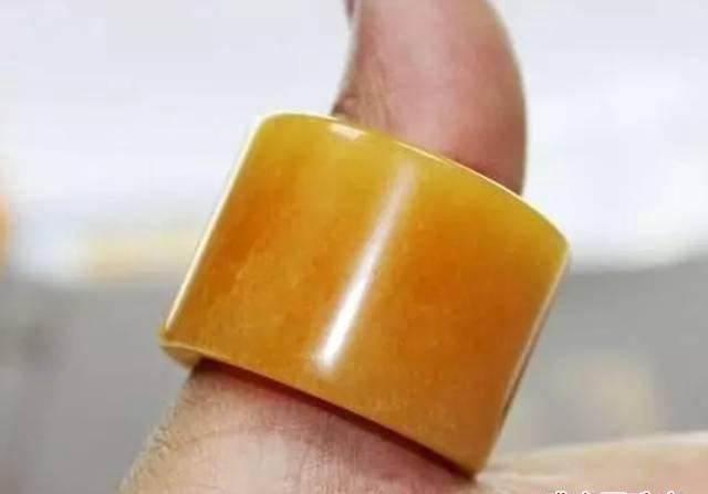 蜜蜡镶嵌戒指,一种戴着没有负重感的戒指!