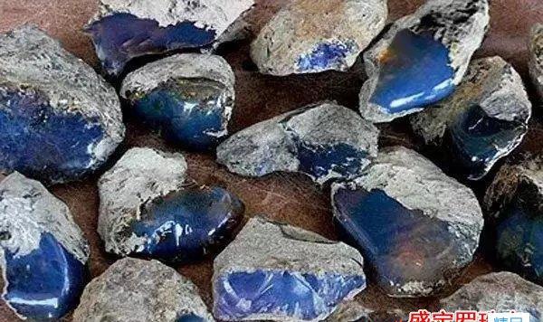 琥珀原石1公斤价格要多少钱才合理?