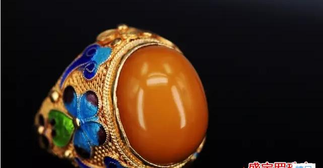 蜜蜡戒指 怎么挑选蜜蜡戒指?