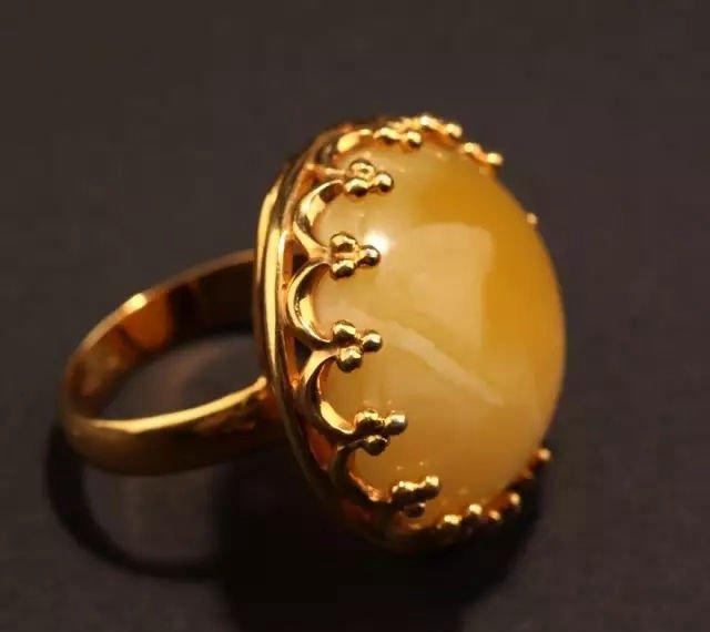 蜜蜡戒指价格及图片,女人为什么喜欢蜜蜡戒指?