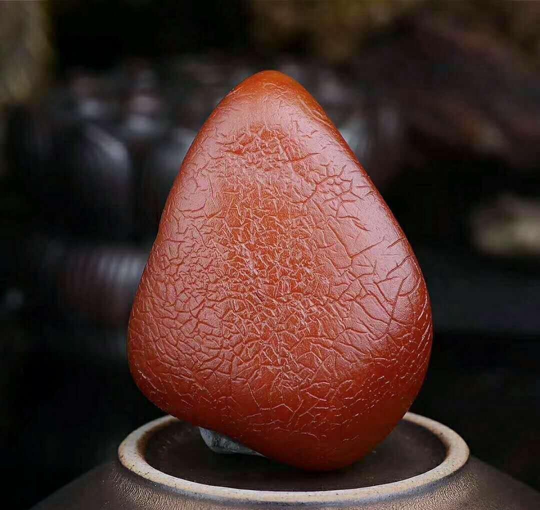 琥珀原石多少钱一克,2017年琥珀价格最新公布!