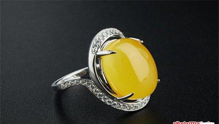 蜜蜡戒指价格及图片大全,蜜蜡戒指怎么选购?