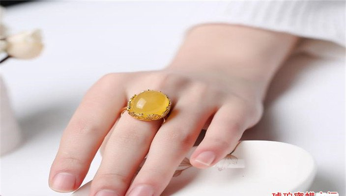 不是蜜蜡戒指的价格贵,而是你没有选对!