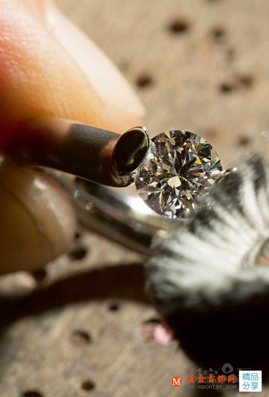 张力戒指是如何诞生的?珠宝品玩揭秘Niessing戒指制作全过程