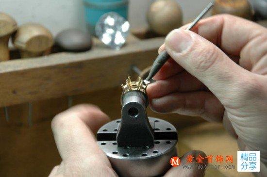 揭秘:一件珠宝的诞生全过程