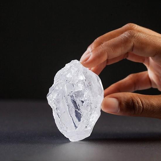 全球第二大钻石:我们的光(Lesedi La Rona)-珠宝首饰展示图【行业经典】
