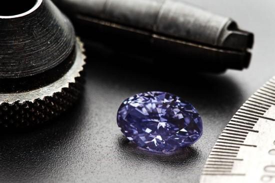 2.83克拉最大颗罕见艳彩紫色钻石-珠宝首饰展示图【行业经典】