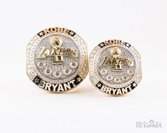 致敬传奇! Jason of Beverly Hills打造科比退役纪念戒指