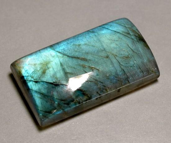 拉长石(Labradorite)-珠宝首饰展示图【行业经典】
