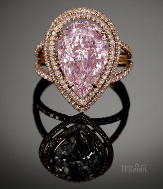 粉红钻石:绽放璀璨光华-珠宝首饰展示图【行业经典】