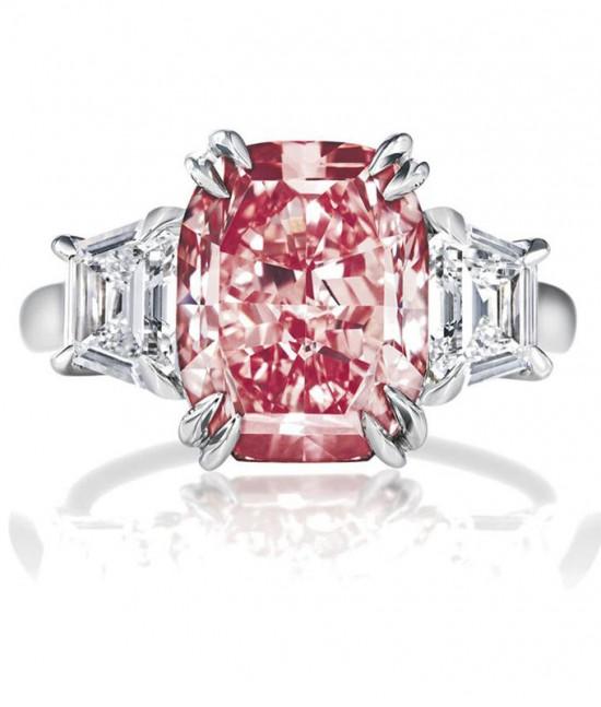 彩色钻石(Fancy color diamond)-珠宝首饰展示图【行业经典】
