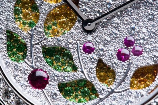 见证时光荏苒 Van Cleef & Arpels全新Lady Jour des Fleurs珠宝腕表