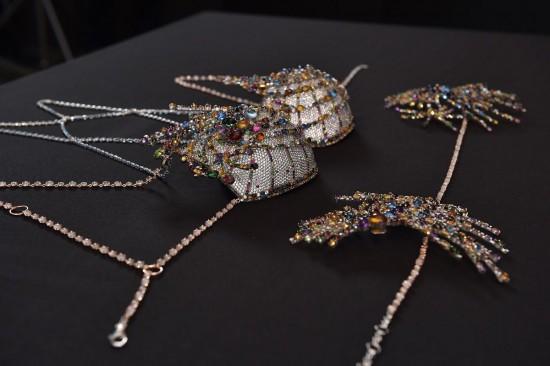 价值200万美元!维多利亚的秘密2015 Fantasy Bra天价内衣-珠宝首饰展示图【行业经典】