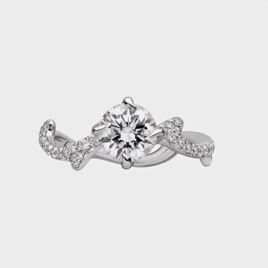 钻石婚戒:见证爱情的不二之选