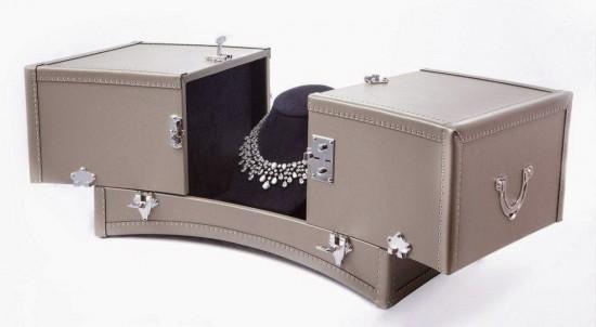 法国皮具世家Moynat为Chaumet打造奢华珠宝箱-珠宝首饰展示图【行业经典】