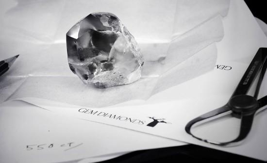 莱索托(Letseng)553克拉巨型白色钻石-珠宝首饰展示图【行业经典】