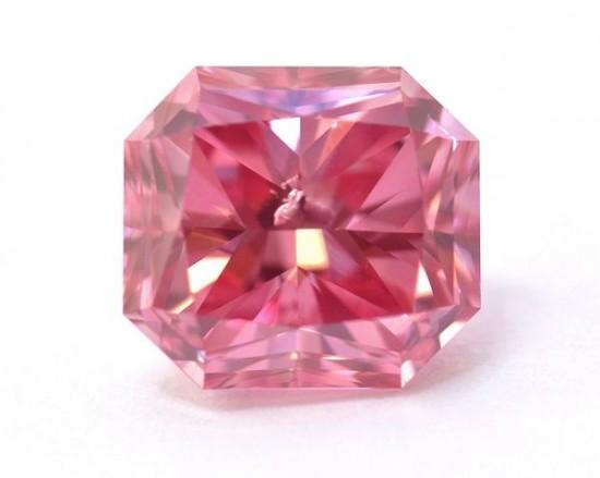 1.68克的拉阿盖尔(Argyle)粉红美钻-珠宝首饰展示图【行业经典】