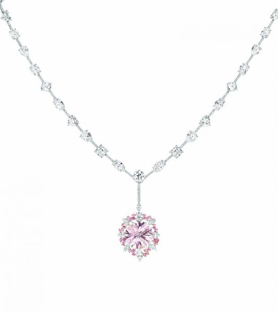 Calleija X ASTON MARTIN打造ONE-77纪念珠宝系列