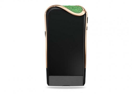 Savelli X Gemfields联手打造祖母绿奢华手机-珠宝首饰展示图【行业经典】
