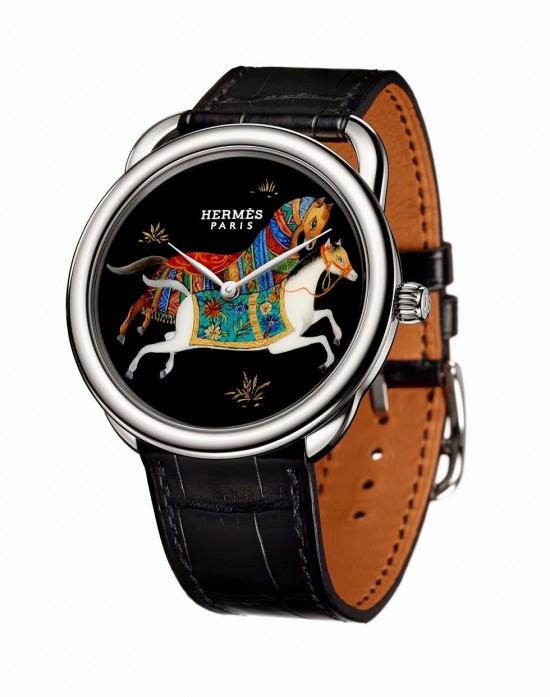 东方骏马 爱马仕Arceau Cheval d'Orient漆绘工艺腕表