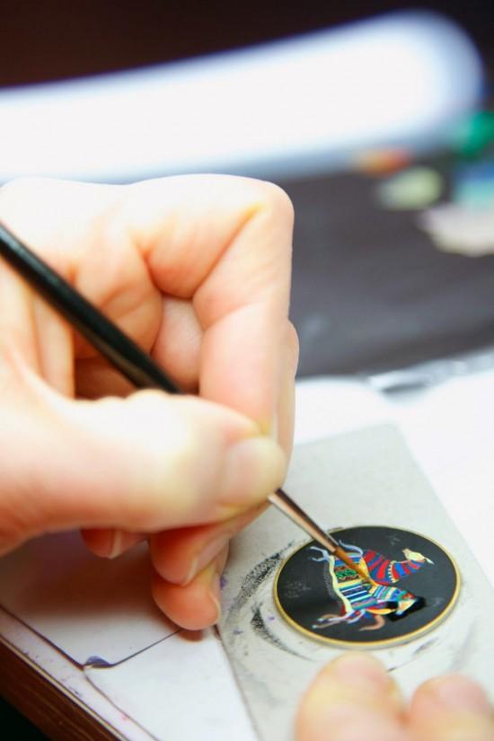 东方骏马 爱马仕Arceau Cheval d'Orient漆绘工艺腕表-珠宝首饰展示图【行业经典】