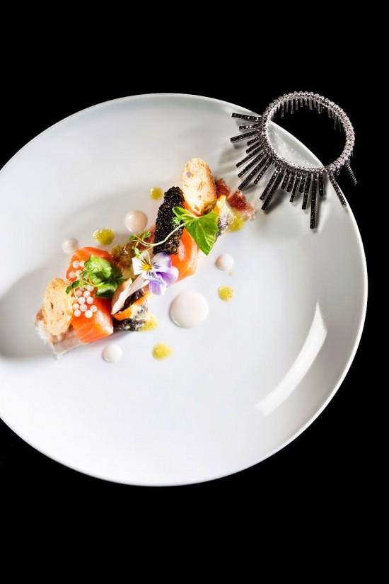 Damiani联手意大利餐厅Tosca打造珠宝大餐-珠宝首饰展示图【行业经典】