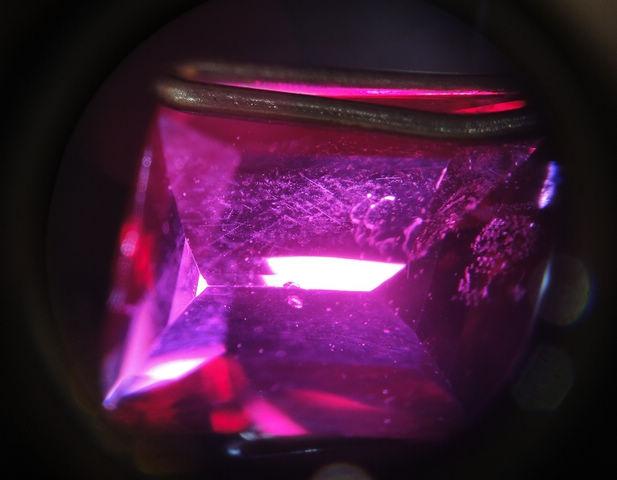 2克拉鸽血红红宝石-珠宝首饰展示图【行业经典】