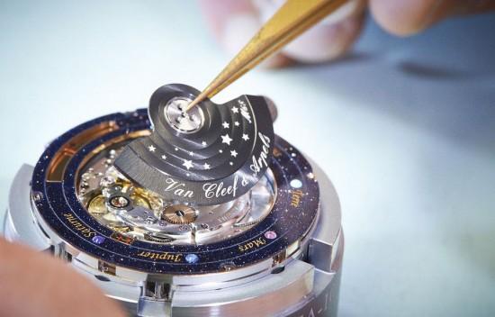 诗意星象 梵克雅宝Midnight Planétarium诗意复杂功能腕表
