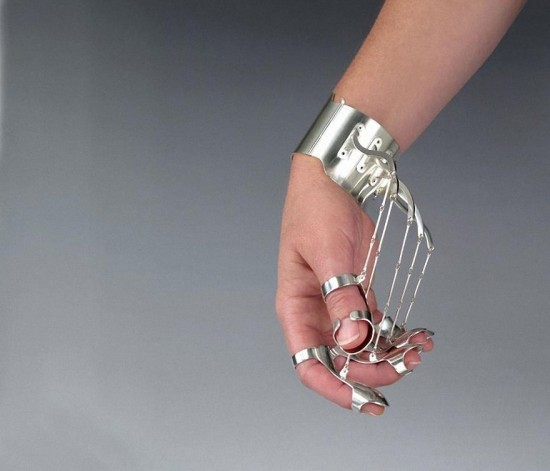 Jennifer Crupi:手势珠宝-创意珠宝